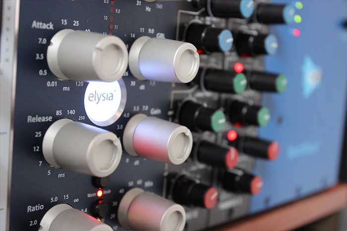 sonora-20-oc-music-sello-discografico-bogota